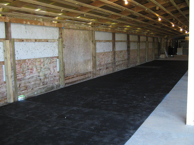 Horse mats, cow mats, horse stable mats, trailer matting,